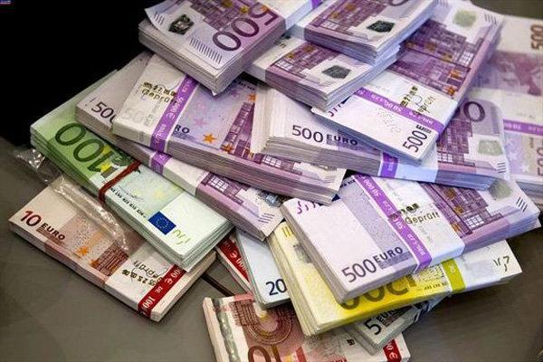 افزایش نرخ 32 ارز رسمی، دلار، پوند و یورو گران شدند