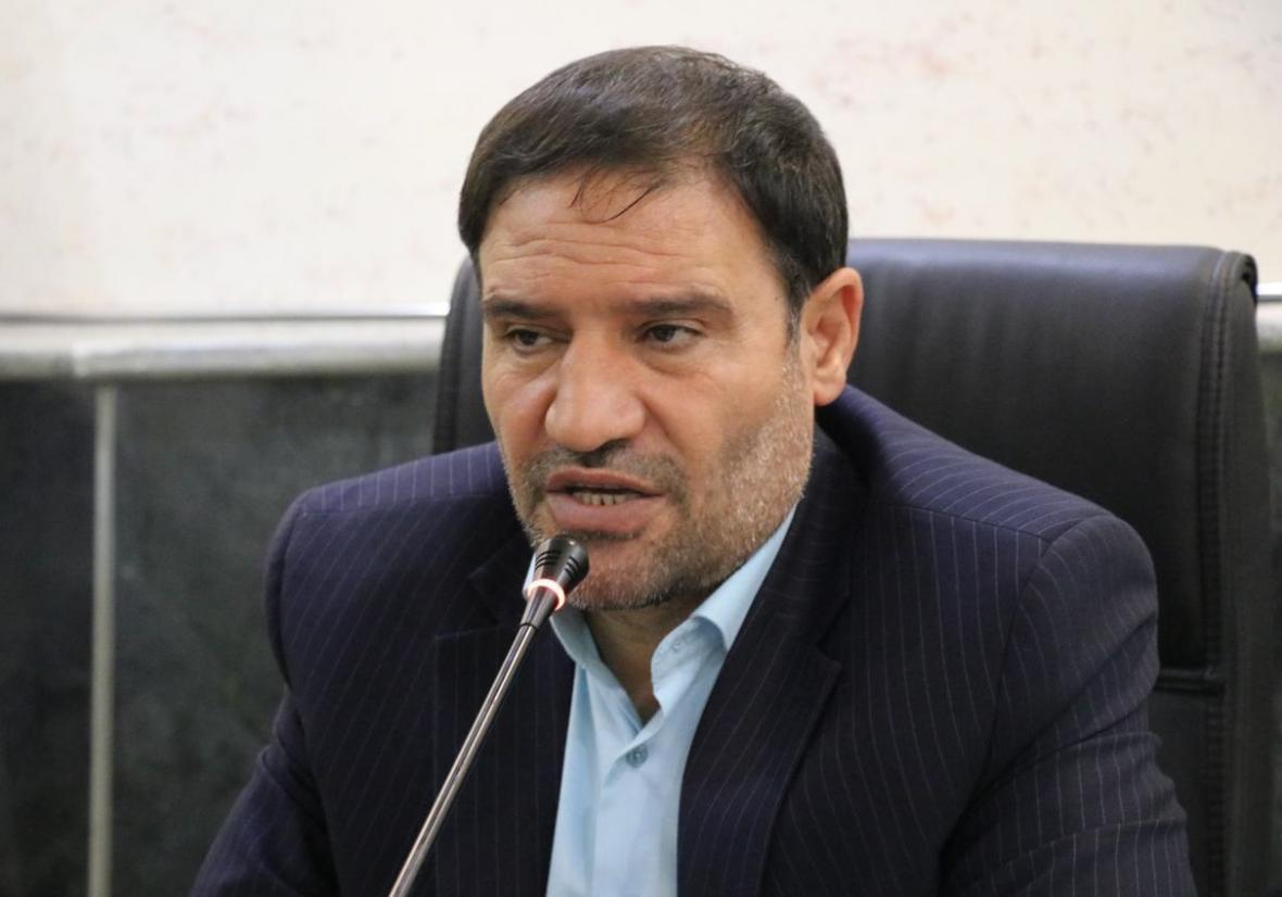 اعزازی: استیضاح حاجی میرزایی توسط بعضی نمایندگان کلید خورد، خلف وعده وزیر در اجرای رتبه بندی فرهنگیان دلیل استیضاح