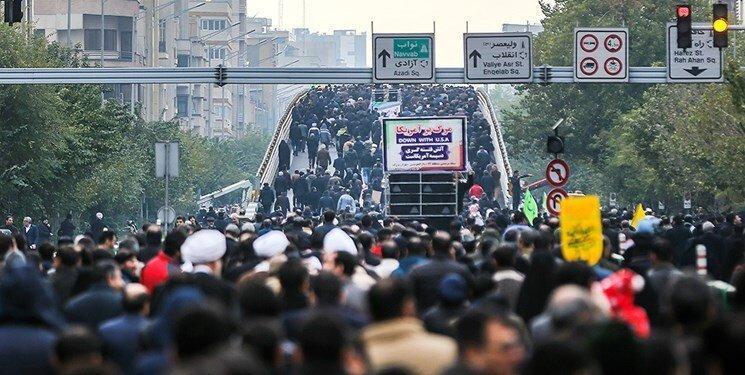 اجتماع بزرگ مردم تهران در پی حوادث اخیر