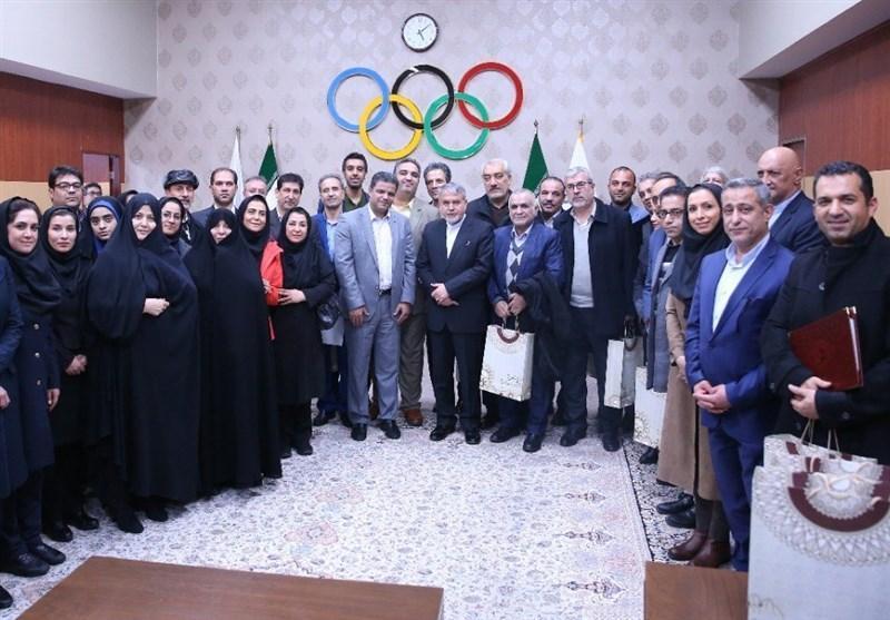 نشست هم اندیشی روسای انجمن های ورزشی با صالحی امیری