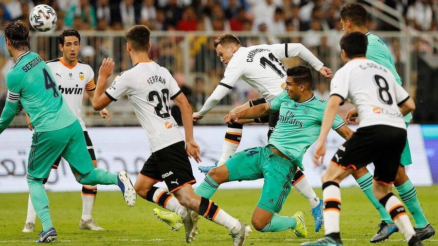 رئال مادرید یک پای فینال سوپرجام ، آیا بارسا امشب صعود می نماید
