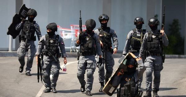 عامل حمله تایلند کشته شد سرباز تایلندی مردم را به رگبار بست، 12 نفر کشته شدند 17 کشته بر اثر تیراندازی در تایلند (