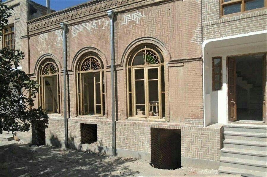 خبرنگاران مرمت خانه قدیمی سرکاراتی تبریز 70 درصد پیشرفت دارد