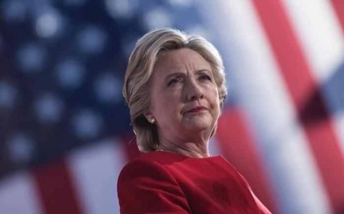 رسوایی اخلاقی تهیه کننده آمریکایی، هیلاری کلینتون را هم فراری داد