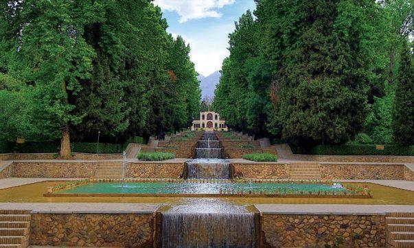 کوشش برای تکمیل زیرساخت های گردشگری باغ شاهزاده ماهان ادامه دارد، 1.6 میلیارد تومان صرف تکمیل سرویس بهداشتی و فاضلاب شد