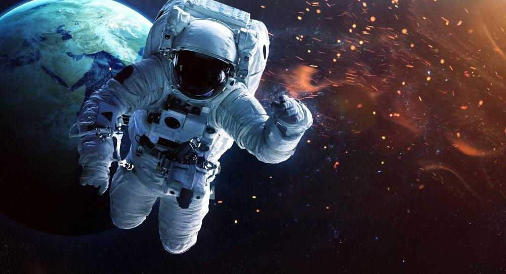 بازگشت فضانوردان به زمین را آنلاین ببینید