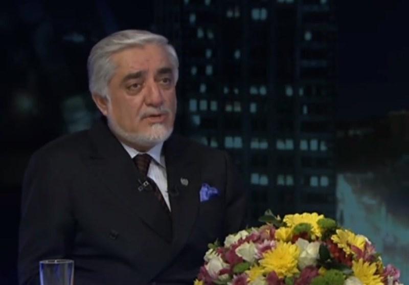عبدالله: مطرح کردن دولت موقت به فرایند صلح افغانستان کمکی نمی کند