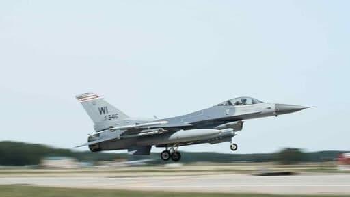 اف16 آمریکاییها در میشیگان سقوط کرد