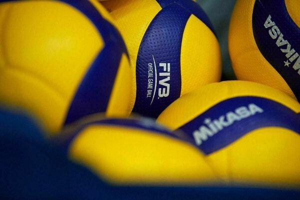 12 بازیکن و اعضای کادر فنی والیبال آزاد شدند