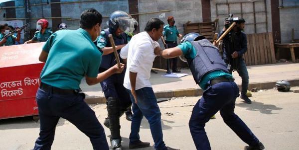 پنج کشته و ده ها زخمی در تظاهرات علیه حضور نخست وزیر هند در بنگلادش خبرنگاران