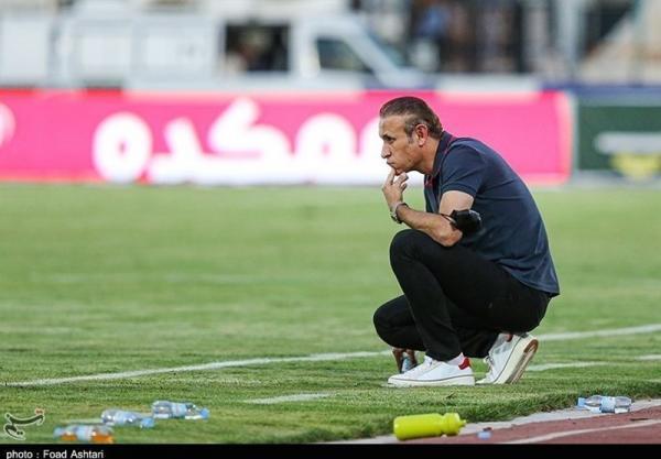 گل محمدی: بعضی افراد مصونیت دارند و هر چه از دهان شان در می آید می گویند، هر تیمی مسائل ما را داشت منحل می شد