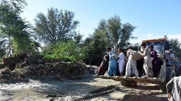 ظرفیت گروه های مردمی و جهادی برای مقابله با طوفان زرآباد فعال شود